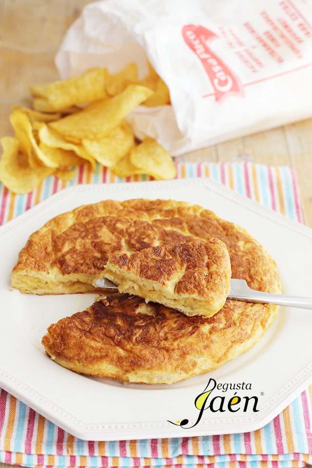 Tortilla de Patatas fritas Casa Paco Cocinar con Degusta Jaén (2)