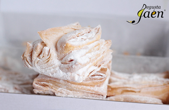 Virolos con crema de yogur y fresas (2)
