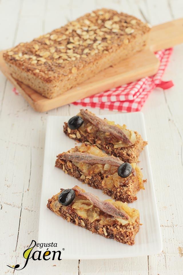 Coca de pan vital 3 con cebolla caramelizada y anchoas Degusta Jaén (2)