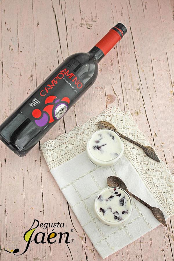 Ajoblanco-con-gelatina-de-vino-tinto-Degusta-Jaén-(3)