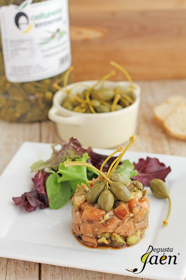 Tartar-de-salmón-con-alcaparrones-Degusta-Jaén-(4)