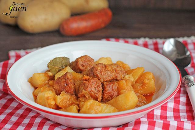 Patatas con chorizo (4)