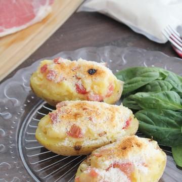 Patatas rellenas con jamon y queso rallado Degusta Jaen