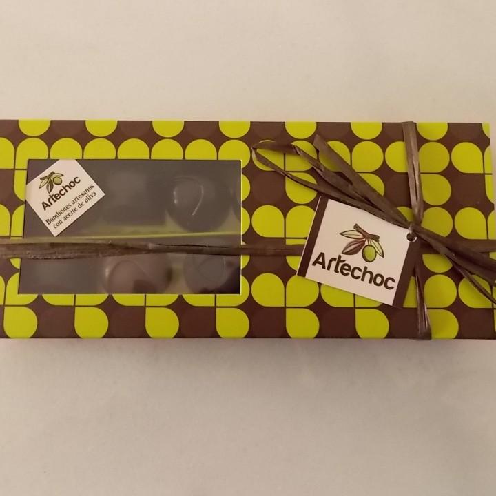 artechoc-bombones-artesanos-elaborados-con-aceite-de-oliva-virgen-extra