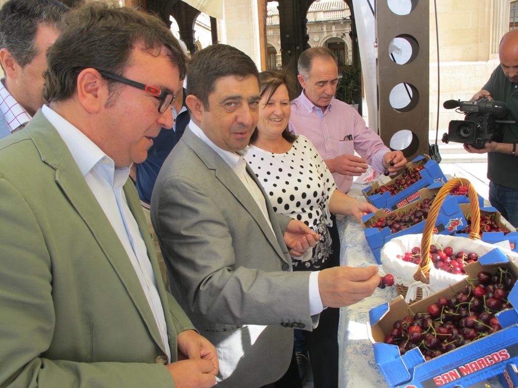 Presentación Muestra de la Cereza Degusta Jaén