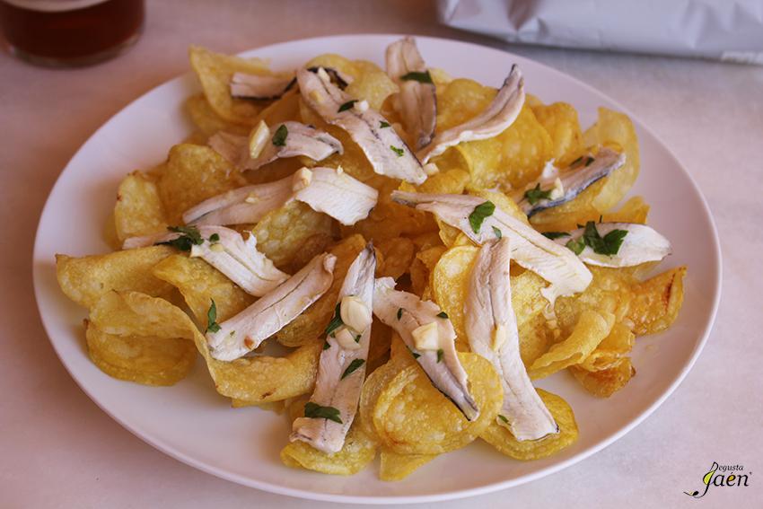 Patatas con boquerones en vinagre Degusta Jaen