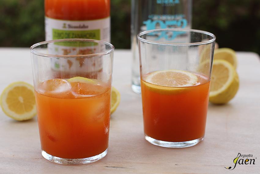 Cóctel de zumo de zanahoria y ginebra Degusta Jaén (1)
