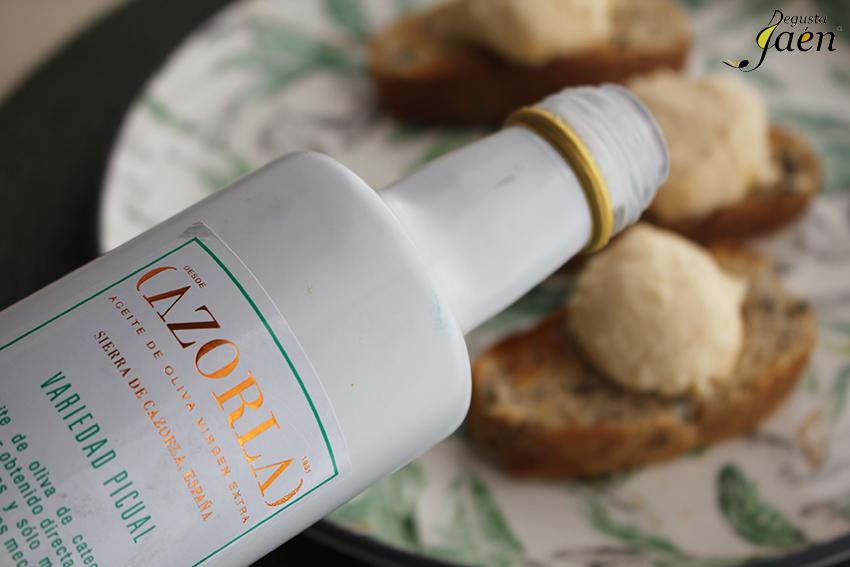 Mousse de queso curado con pate de aceitunas Degusta Jaen (3)