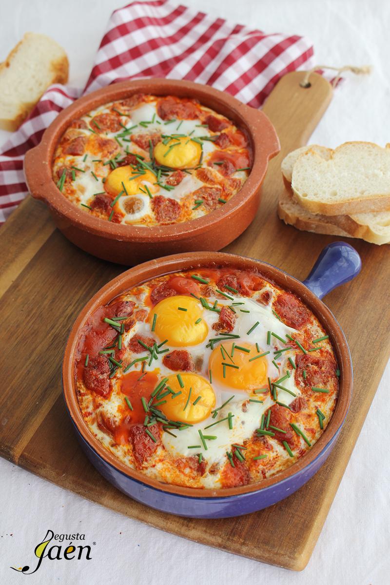 Huevos al plato con chorizo Torrefrio Degusta Jaen (1)