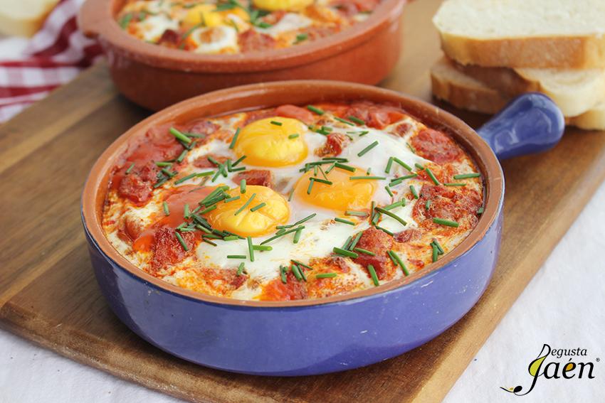 Huevos al plato con chorizo Torrefrio Degusta Jaen (2)