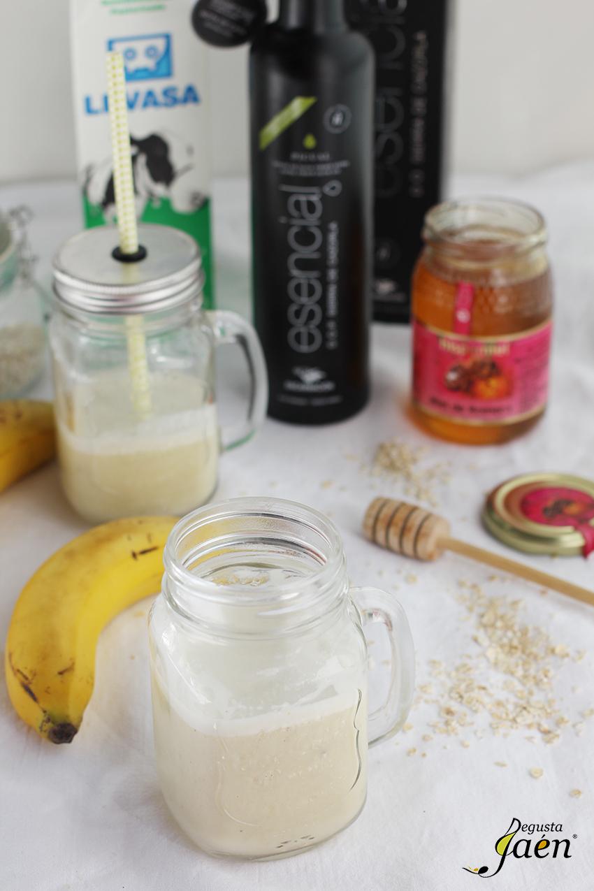 Batido de platano, miel y aove Degusta Jaen (1)