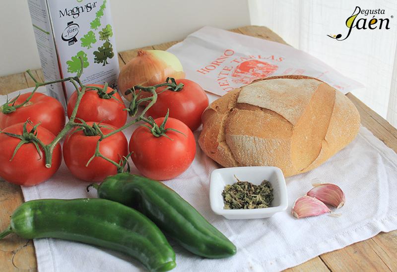 Sopa de pan y tomate Ingredientes