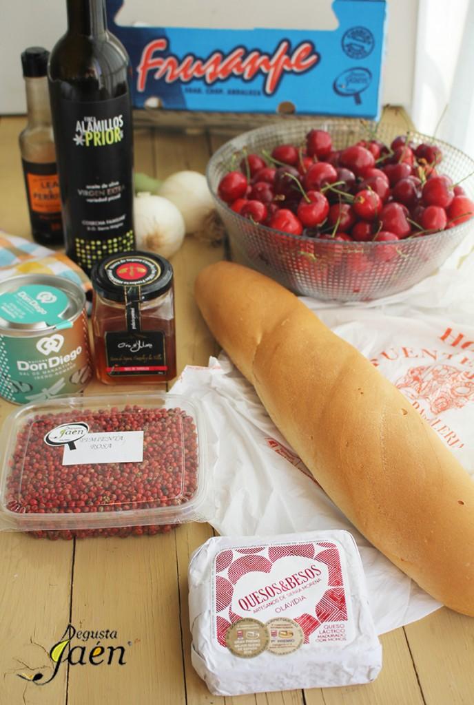 Tostas de cerezas y queso Ingredientes