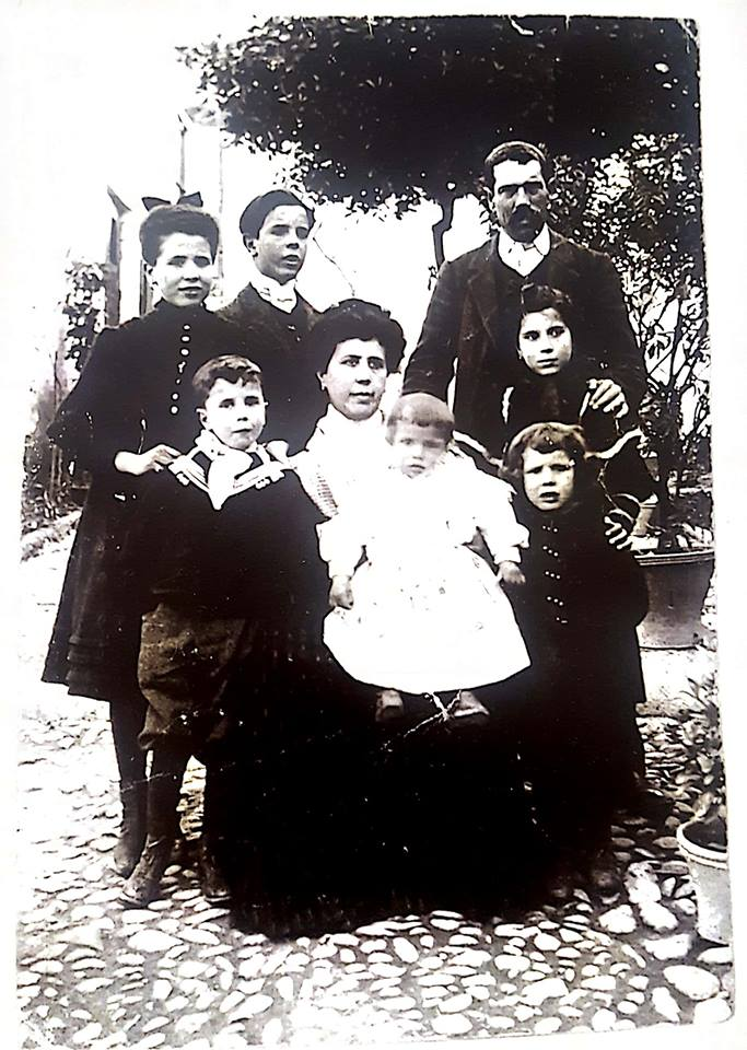 Familia Casa Montañes Alcala la Real