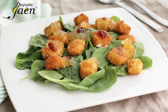 Ensalada de espinacas con queso frito Degusta Jaen (2)