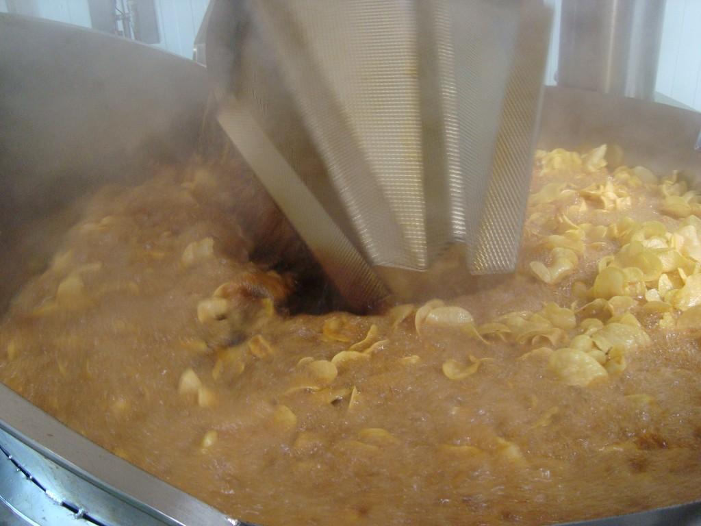En plano proceso de fritura